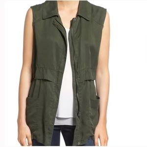 CUPCAKES AND CASHMERE 'adison' Soft Utility Vest In Army Green XS
